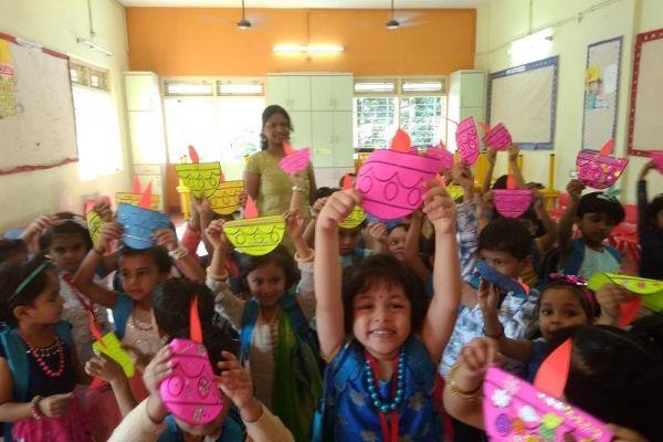 diwali-celebration-9F11931EA-EE2D-9A36-856C-C41E15E25323.jpg