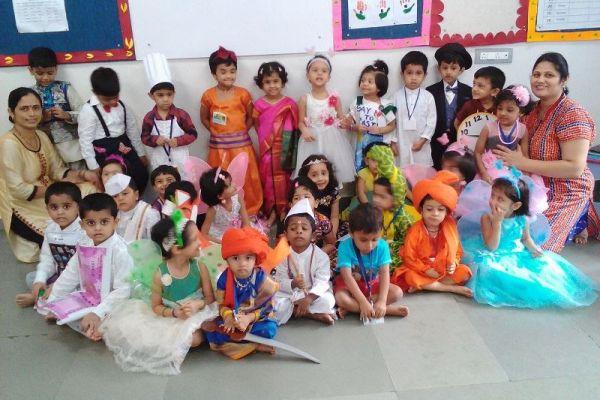 fancydress-celebration-nursery-16B5975FF1-ED89-33D4-327F-011B648CE8F1.jpg